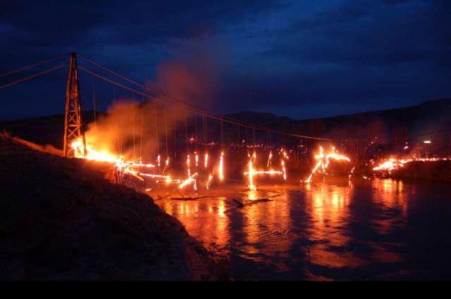 Burning_Bridge_Sean_Davis1