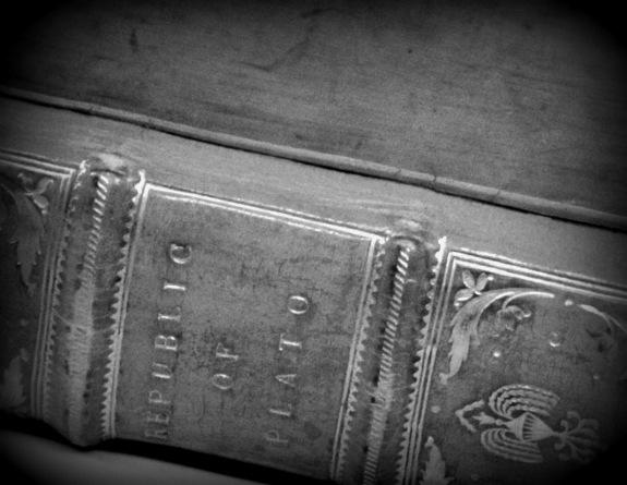 0281-plato-republic-1763-spine-1